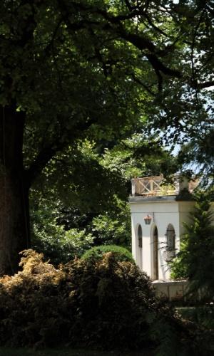 Detalhe da casa de estilo neoclássico onde Charles Chaplin morou com a família, durante 25 anos, na Suíça. Localizado em Vevey, na Riviera de Montreux, o local com 14 hectares abrigará um museu dedicado à vida desse ator britânico, em 2016