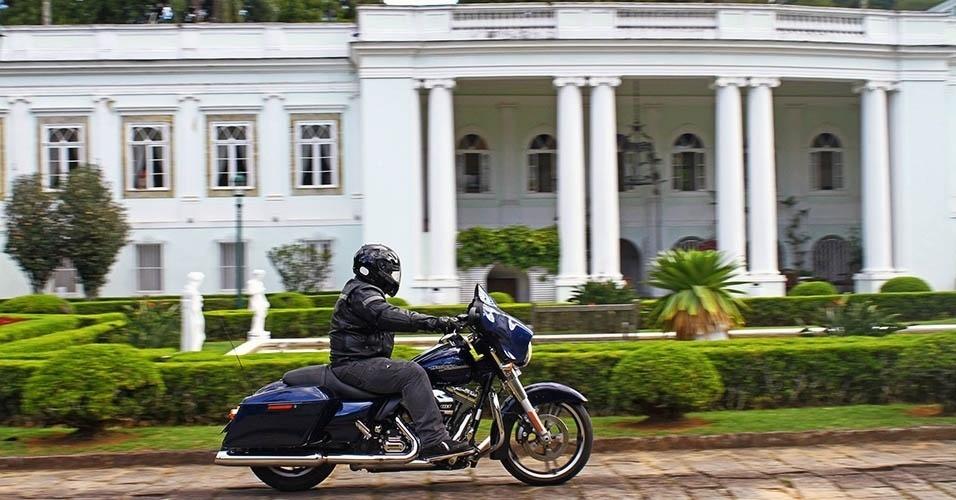 Harley-Davidson Street Glide em Petrópolis (RJ)