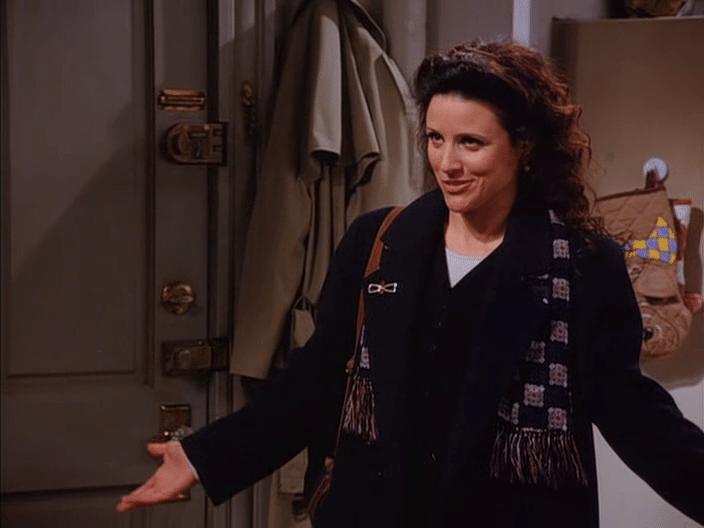 """Julia Louis-Dreyfus engravidou ao longo da terceira temporada de """"Seinfeld"""" do seu primeiro filho, Henry. A gravidez da atriz virou alvo de brincadeiras no roteiro, mesmo que a personagem não tenha passado pela mesma situação"""