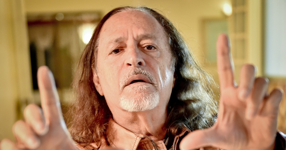"""12.ago.2014 - Alceu Valença, diretor do filme """"A Luneta do Tempo"""""""