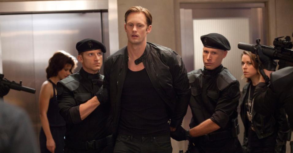 """Alexander Skarsgard é Eric Northam em """"True Blood"""""""