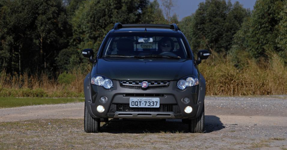 Fiat Strada Adventure Dualogic Cabine Dupla 2015