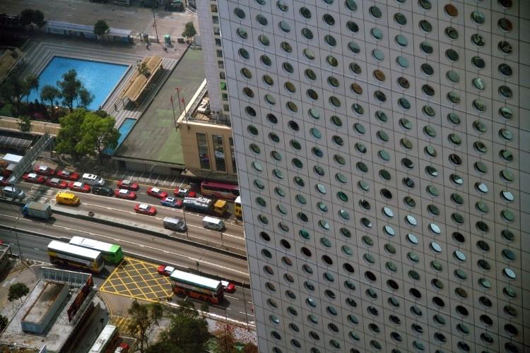 Hong Kong possui atrações que permitem o visitante ver do alto esta cidade ao sul da China como o mirante localizado no 55º andar do International Finance Centre
