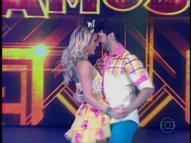 """Giovanna Ewbank se apresenta ao som de  """"Ai que saudade"""" na """"Dança dos Famosos"""""""