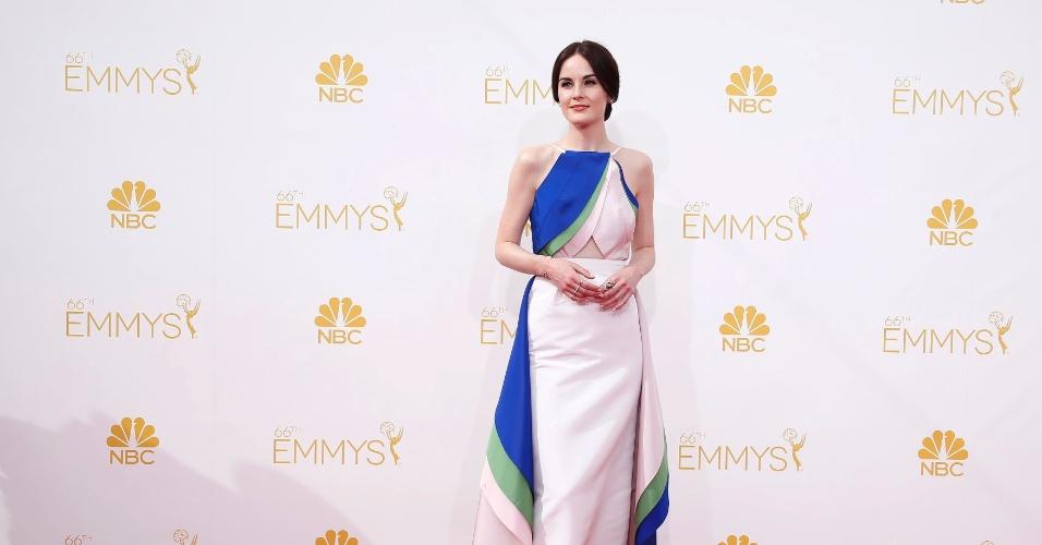 """25.ago.2014 - Indicada ao prêmio de melhor atriz por """"Downton Abbey"""",  Michelle Dockery prestigia a 66ª edição do Emmy Awards. O evento acontece no Nokia Theatre, em Los Angeles"""