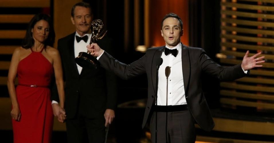 """25.ago.2014 - Jim Parsons vence na categoria Melhor Ator de Comédia por """"The Big Bang Theory"""". Este é o quarto Emmy conquistado pelo ator"""