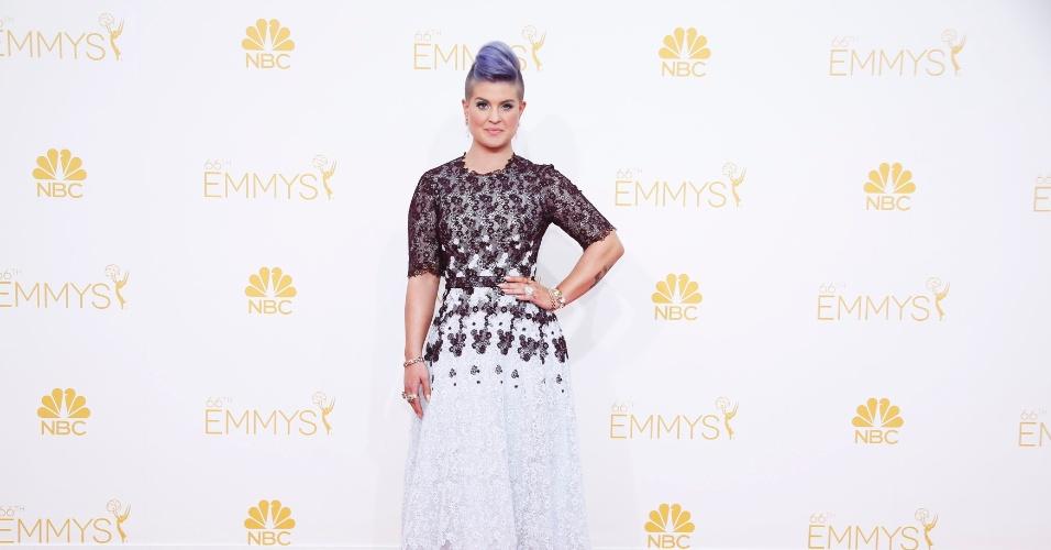 25.ago.2014 - Kelly Osbourne prestigia a 66ª edição do Emmy Awards. O evento acontece no Nokia Theatre, em Los Angeles
