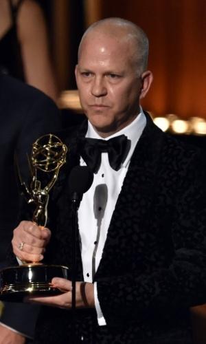 """25.ago.2014 - O diretor Ryan Murphy recebe o prêmio por """"The Normal Heart"""" por """"Melhor Filme de TV"""""""