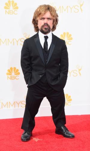 """25.ago.2014 -  Peter Dinklage, de """"Game of Thrones"""", prestigia a 66ª edição do Emmy Awards. O evento acontece no Nokia Theatre, em Los Angeles"""