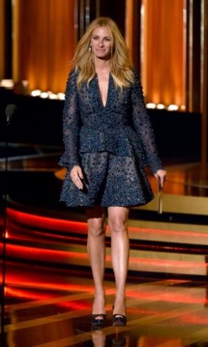 25.ago.2014 - Julia Roberts apresenta uma das categorias do Emmy