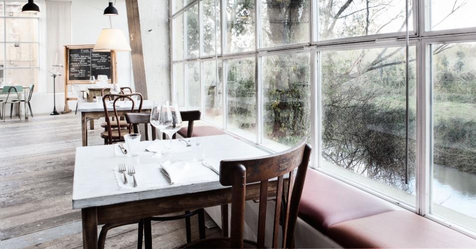 A decoração retrô é uma das principais características do restaurante Lanificio Cucina