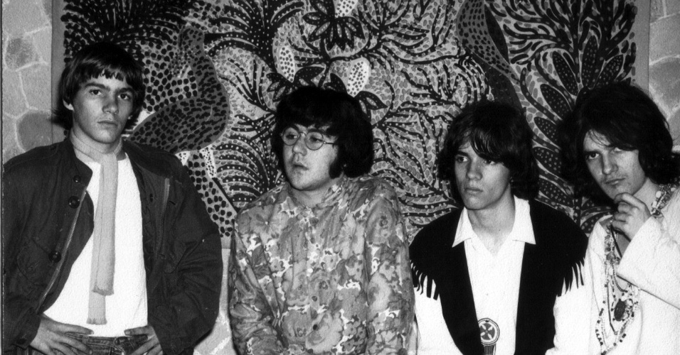 Bubbles tocou com Gal Costa em uma série de shows em 1970 na boate Sucata, no Rio de Janeiro. Mais tarde, viraria A Bolha
