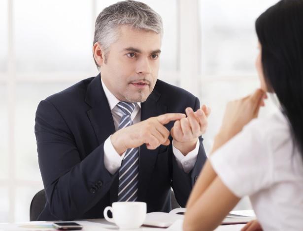 Ao ter um feedback negativo do chefe, você pode pedir que ele lhe dê exemplos - Getty Images