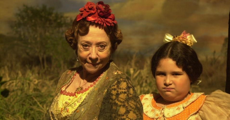 Taynná Pina como Joaninha com a atriz Fernanda Montenegro na primeira temporada de