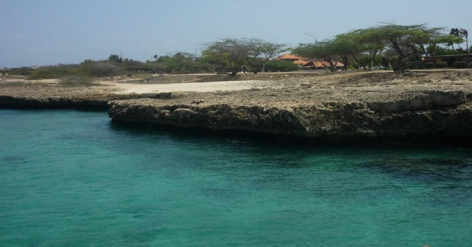 Com mar calmo e azul, praias são o principal destino dos turistas em Aruba