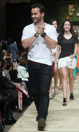 29.ago.2014 - Rodrigo Andrade desfila na 19ª edição do Fashion Weekend Kids, no Shopping Cidade Jardim, na zona sul de São Paulo, nesta sexta-feira