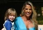 Descalça, Adriane Galisteu desfila com o filho, Vittorio - Manuela Scarpa/Photo Rio News