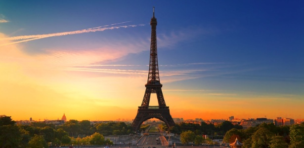 Os vencedores irão se hospedar na torre Eiffel com cinco acompanhantes - Getty Images
