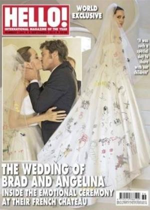 "Revista ""Hello"" traz detalhes do vestido e o beijo do casal"