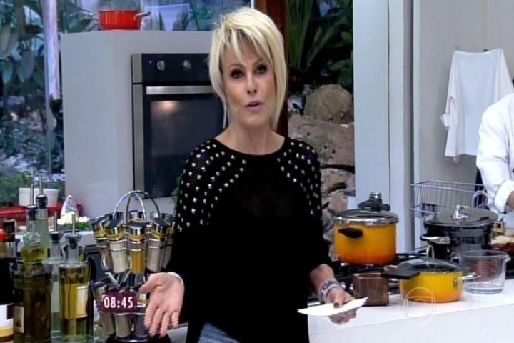 """2.set.2014 - Ana Maria Braga conduz a última prova do """"Super Chef Celebridades"""""""