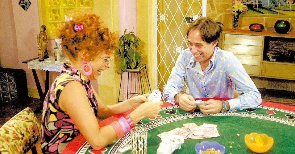 """1.out.2004 - Pedro Cardoso e Andréa Beltrão em cena de """"A Grande Família"""""""