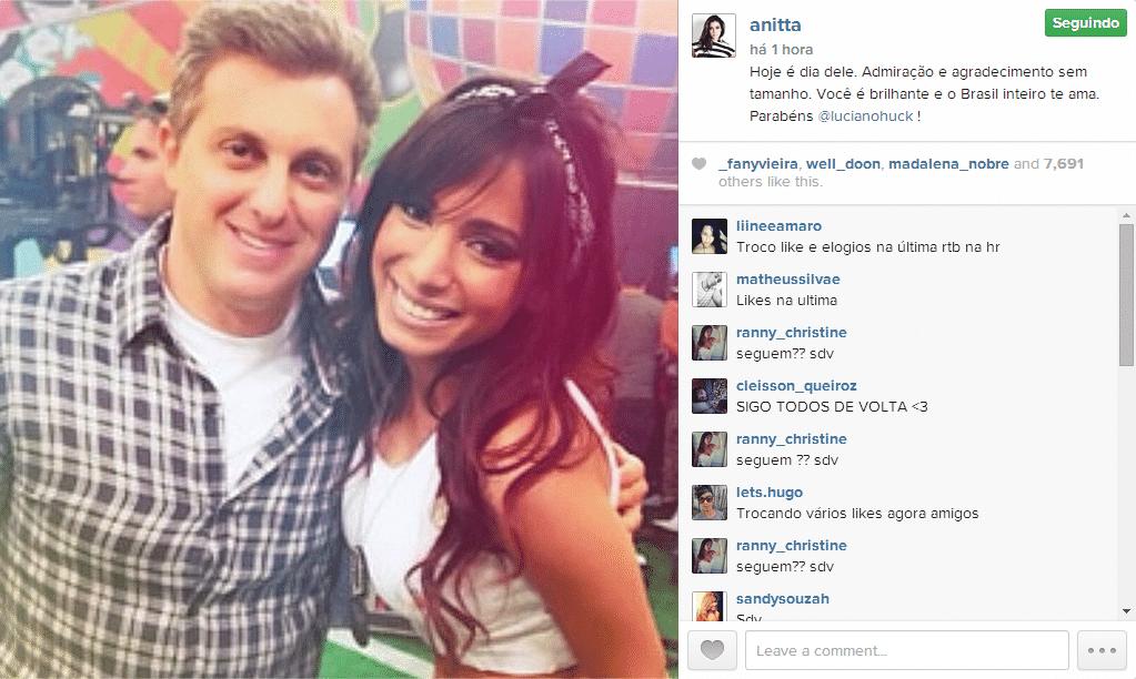 3.set.2014 - Anitta faz uma homenagem ao amigo Luciano Huck que está completando 43 anos nesta quarta-feira