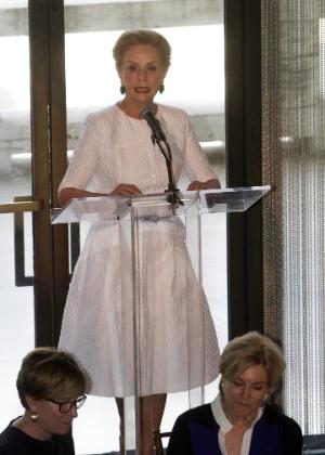 3.set.2014 - Carolina Herrera recebe o prêmio máximo do Conselho de Costura do Instituto de Moda de Nova York - EFE
