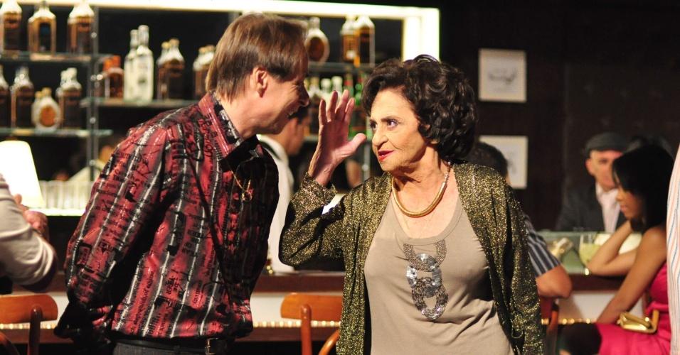 """2011 - Pedro Cardoso e Laura Cardoso em cena de """"A Grande Família"""""""