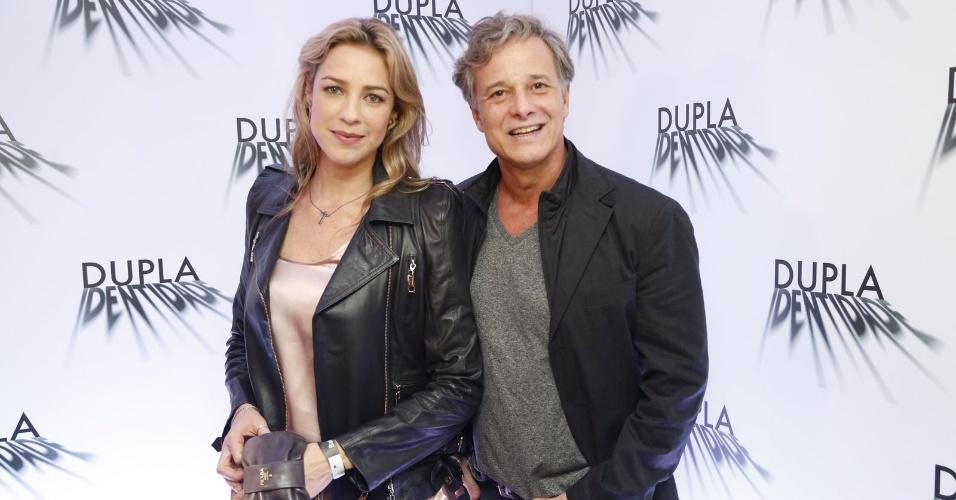 4.set.2014 - Luana Piovani e Marcello Novaes posam juntos