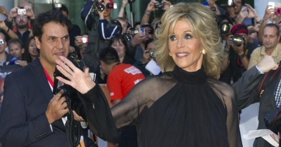 """7.set.2014 - A atriz Jane Fonda marca presença na na première do longa """"This Is Where I Leave You"""" no 39º Festival Internacional Cinematográfico de Toronto, no Canadá"""