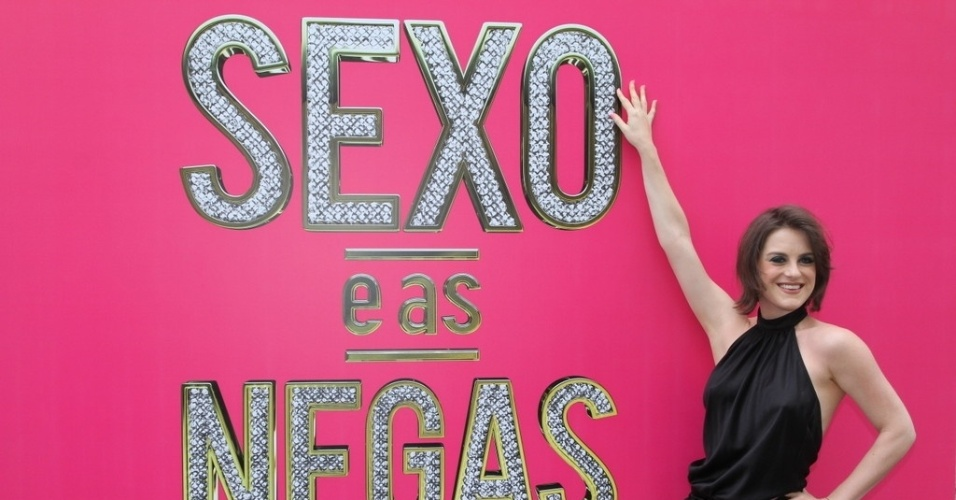 08.set.2014 - Alessandra Maestrini será Gaudéria, dona de um salão de beleza na comunidade do Cordovil, que faz o tipo reclamona e de mal com a vida. Ela irá usar uma peruca loira no seriado