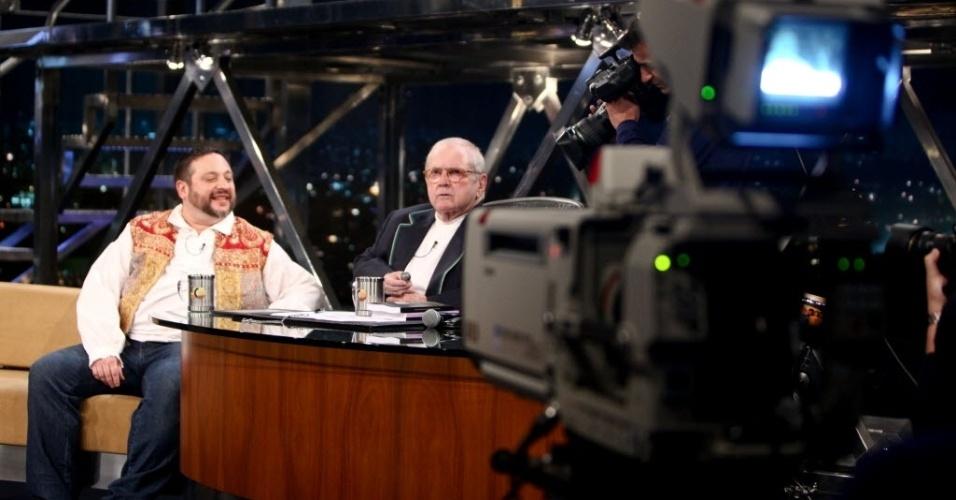 8.set.2014 - Jô recebe o ufólogo Chico Penteado em seu programa de retorno