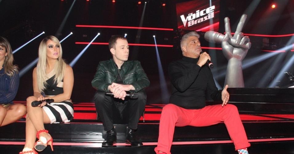 """9.set.2014 - Fernanda Souza, Claudia Leitte, Tiago Leifert e Lulu Santos adiantam as novidades da terceira edição do """"The Voice Brasil"""""""