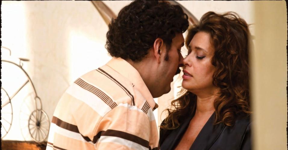 "Andrés Parra e Angie Cepeda em ""Pablo Escobar"""