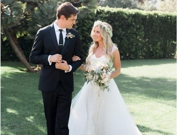 Ashley Tisdale se casa com Christopher French em Los Angeles