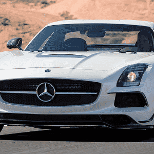Mercedes-Benz AMG GT - Divulgação