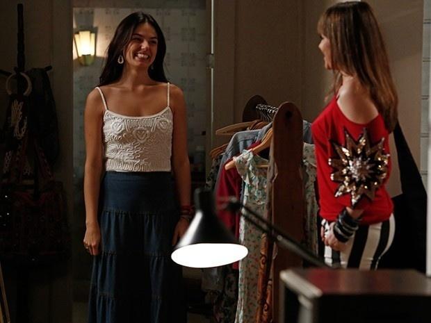Susana consegue confirmar que Sandra é filha de Fernando