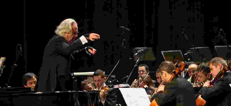 Apresentação da Bachiana Filarmônica Sesi SP, sob o comando do maestro João Carlos Martins - Bianca Tatamiya
