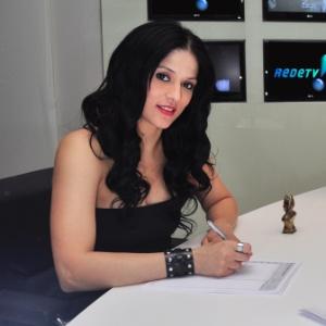 Claudia Carla na RedeTV!