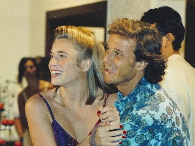 """Raí (Marcello Novaes) e Babalu (Letícia Spiller) em """"Quatro Por Quatro"""". O casal começou a namorar durante a novela em 1994"""