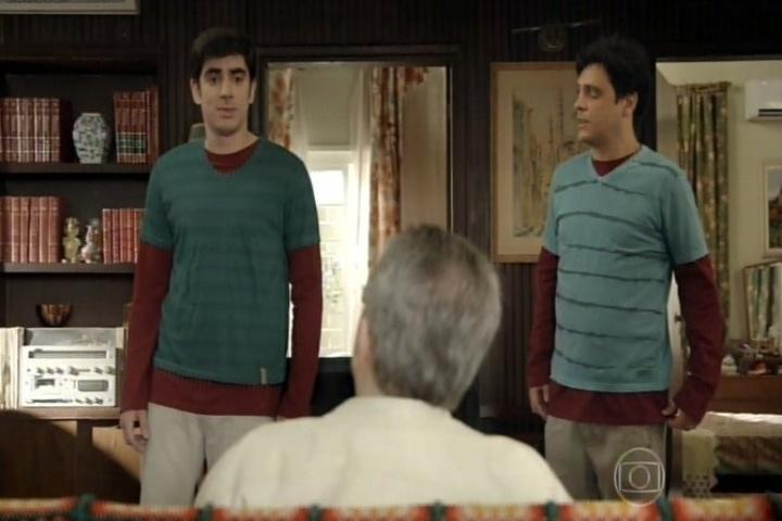 11.set.2014 - Tuco fica assustado quando Marcelo Adnet dispara a interpretá-lo