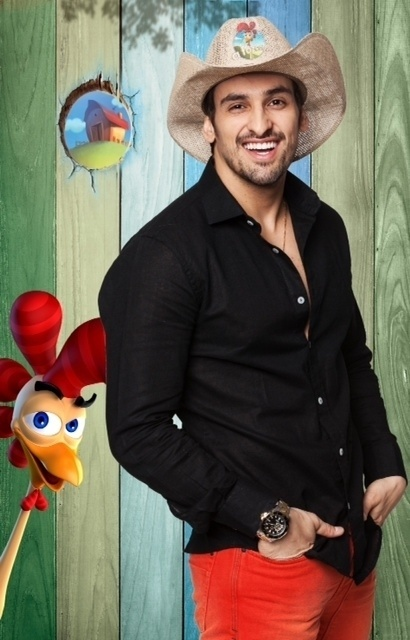 14.set.2014 -O cantor Leo Rodriguez na estreia de