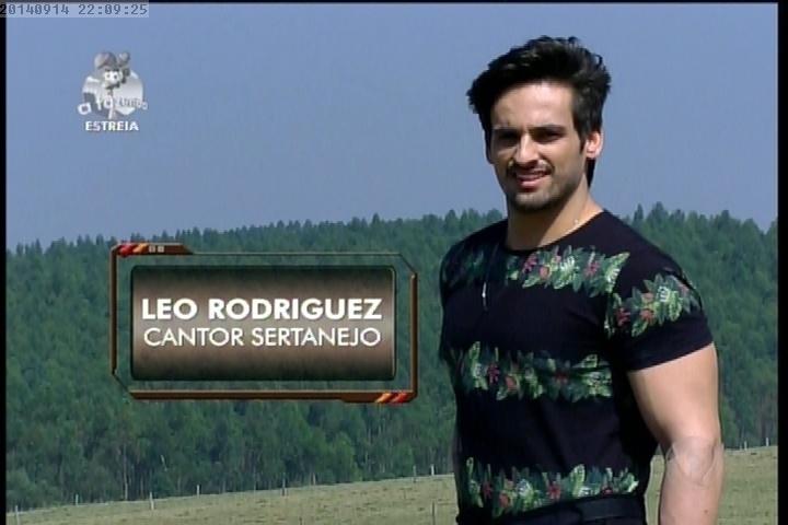 """14.set.2014 - Léo Rodriguez em """"A Fazenda7"""""""