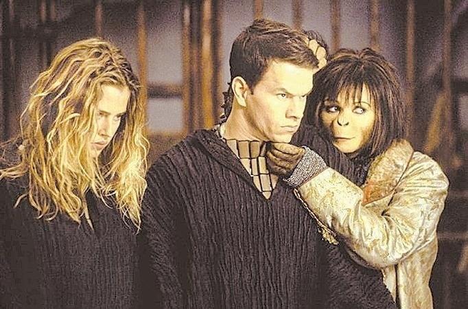 """Cena do filme """"O Planeta dos Macacos"""", com Mark Wahlberg"""