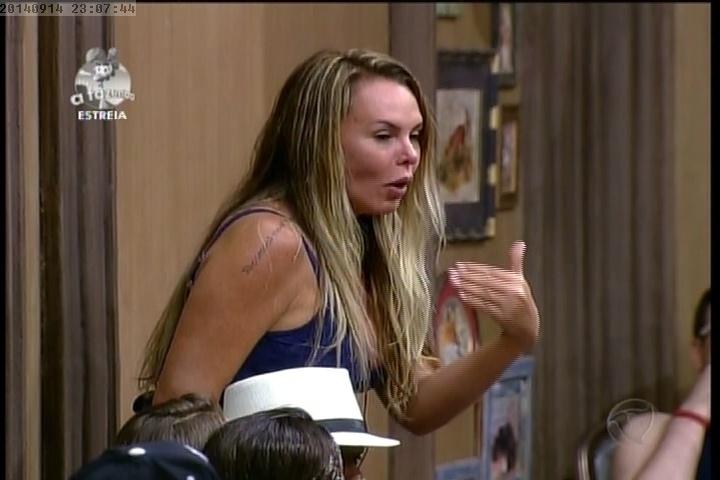 14.set.2014 - Cristina Mortágua se irrita com proposta de Oscar Maroni
