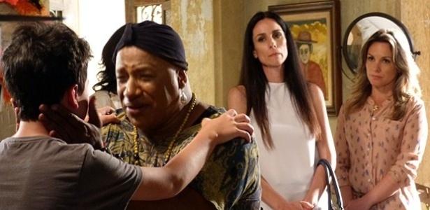 Preocupado com o futuro do garoto, Xana entrega Luciano ao Juizado de Menores