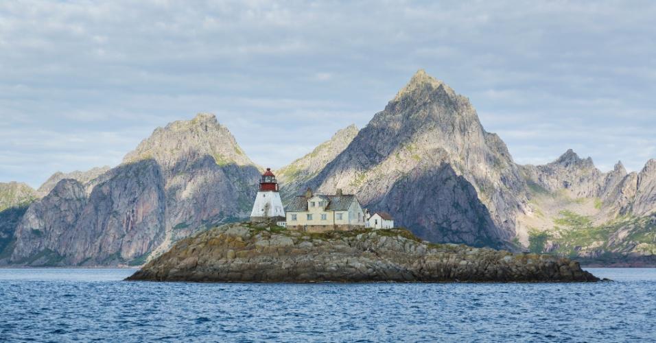 Recheadas de montanhas e baías, as ilhas Lofoten são consideradas o arquipélago mais bonito da Escandinávia