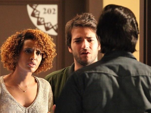 Verônica (Taís Araújo) e Davi (Humberto Carrão) descobrem que Herval (Ricardo Tozzi) é LED em