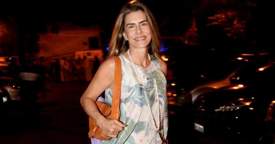15.set.2014 - maitê proença vai ao aniversário de sandro chaim