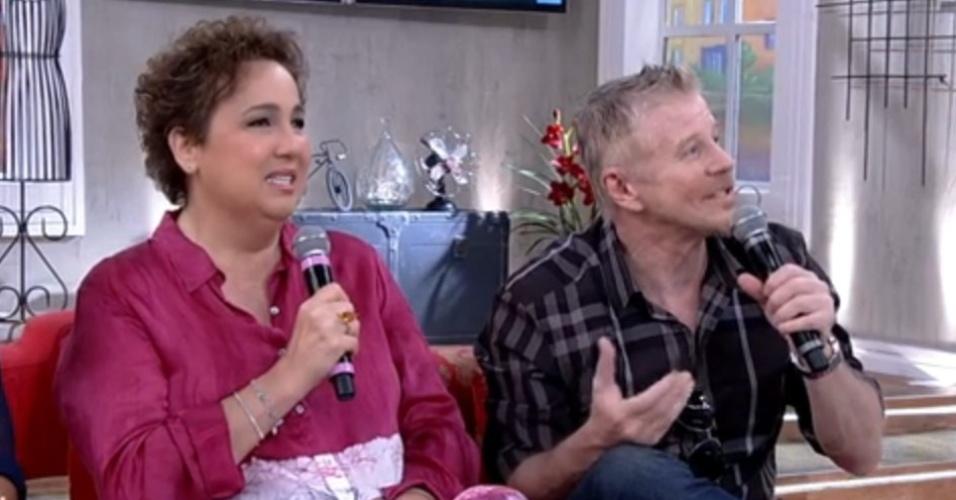 """16.set.2014 - No """"Encontro"""", Claudia Jimenez relembra visita que recebeu de Miguel Falabella enquanto estava internada"""